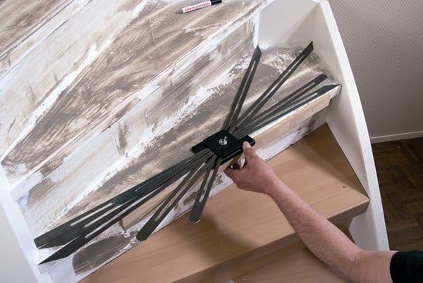 Traprenovatie met laminaat - Schilderen muur trap ...