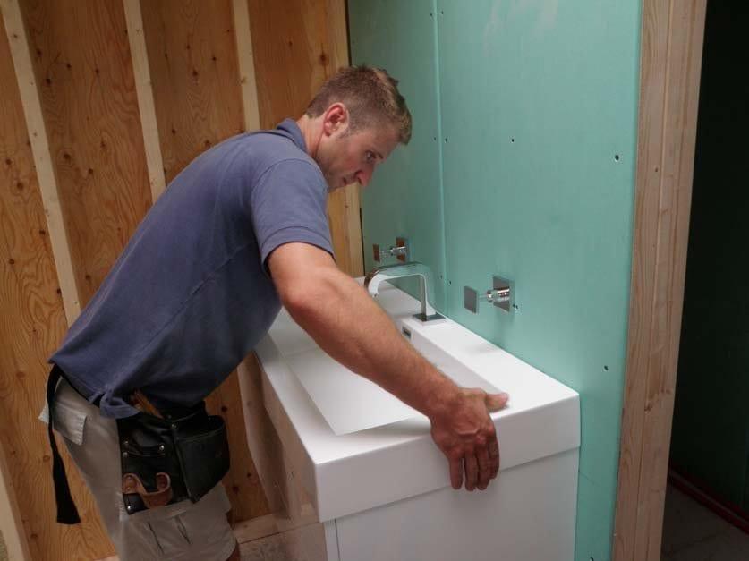Badkamer Showroom Wijchen ~ Wastafel plaatsen  vervangen  MIJNKLUSWIJZER
