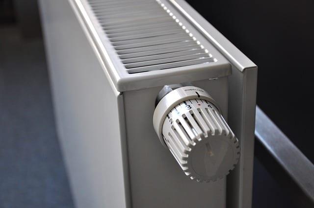 Aansluiten Radiator Badkamer : Nieuwe designradiator van vasco oni hoorn